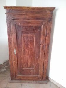 Angoliera in abete epoca 1800 in patina originale toscana lacca povera h160xl82 x64 angolo 53 p garanzia termini legge