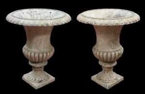 Pair of ancient stone vases. Late 1700s.