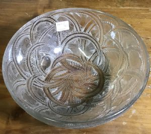 Coppa con uccelli LALIQUE.   Bowl with bird scene