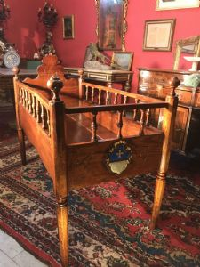 Very rare Venetian bed - belonging to the Gritti family -