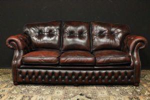 Трехместный диван Chesterfield в оригинальной коричнево-коричневой коже