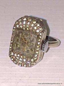 Antico anello con orologio in argento e marcassite