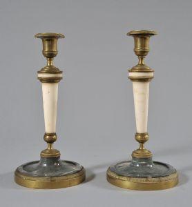 Paar Louis XVI-Leuchter aus Bronze und weißem Marmor und Bardiglio-Marmor. Piemont XVIII Jahrhundert