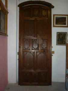 LARGE DOOR WITH FRAME