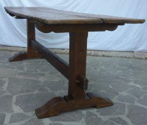 Mesa com tampo antigo e pernas vintage atrasado h 80x 235 x 71