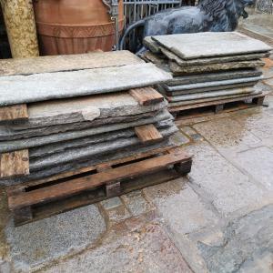 escalones de piedra de Luserna