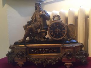 Bronze and marble clock from the 19th century