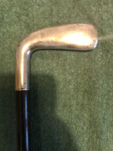 Golfer's stick with silver handle. Rosewood barrel. Italy.