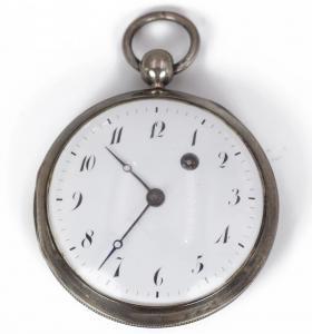 Primeiro relógio de bolso de prata 800