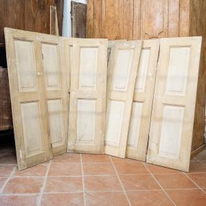 Ocho puertas con lacado.
