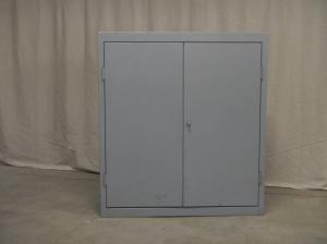 armadietto in metallo da officina anni 70