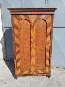 Armario laqueado austriaco una puerta l 100xp48xh183 época 1800 garantía términos de la ley