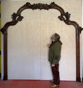 Carved cornice, lacquered sec. seventeenth