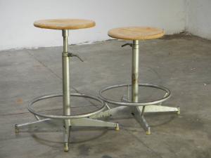 coppia sgabelli industriali anni70