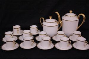 Tea set in limoges porcelain