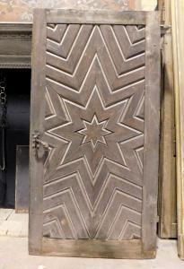 pti672 - porta in larice scolpita Ottocentesca, misura cm l 110 x h 213