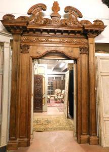 pan237 - portale in larice, epoca '500, cm l 220 x h max 371