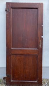 Одиночная дверь
