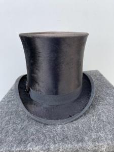 'Tuba' hat with original box England.