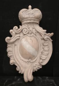 Elegante stemma araldico veneziano finemente intarsiato - 60 x 39 cm - Marmo Rosa asiago e Carrara - 18° secolo