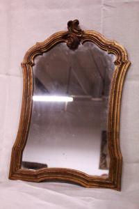 Specchiera in legno di metà '900.
