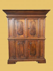 Double body in walnut, of Bolognese origin, made in the early 18th century