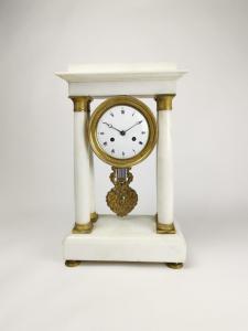 Orologio a pendolo in marmo bianco 1840