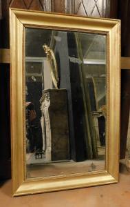 specc323 - simple golden mirror, period '8 /' 900, size cm l 66 xh 103 x d. 5 cm