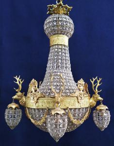 Lampadario a mongolfiera in vetro e bronzo dorato con Cervi -cm 85 h- Francia XX sec.