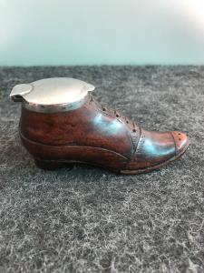 Shoe-shaped wooden snuff box with silver lid. Europe
