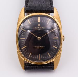 "Universal Gold Geneve ""Goldenshadow"" watch in 50s gold"