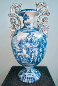 Large majolica vase, manufacture Ernesto Conti, Sesto Fiorentino.
