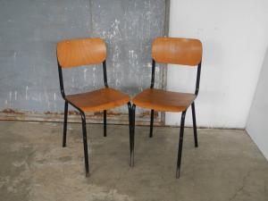 copia sedie da scuola anni 70