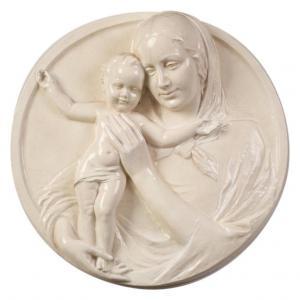 Virgen con Niño en alto relieve de cerámica - O / 4832