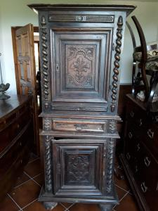 Double body in walnut 2 doors and vintage drawer 1600 carved doors h190xl74xp54 guarantee terms of law