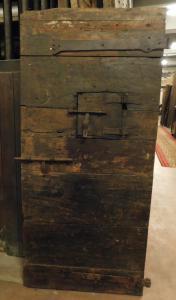 ptc006 - porta da carcere in pioppo, epoca '6/'700, misura cm l 80 x h 174 x sp. 6,5