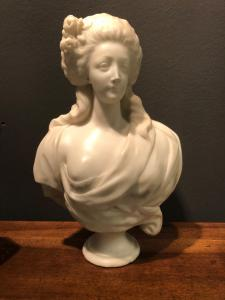 Marble sculpture depicting bust of noblewoman. France.