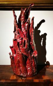 Cerâmica art déco rara em brilho esmaltado em forma de coral. Assinado R.Gatti Faenza.