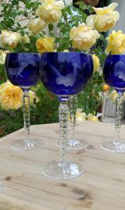 6 vasos tallados en cristalBLU