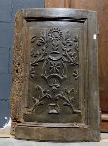 pan290 - резная дверь, подлежащая реставрации, 18 век, размеры в см l 59 xh 88