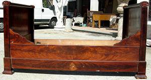 mahogany feather bed