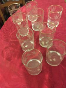 otto bicchieri Ottocento incisi