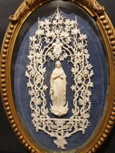 Madonna in Elfenbein