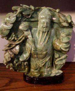 Статуя в нефритом