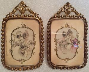 Coppia portafoto in lamierino d'ottone fine '800