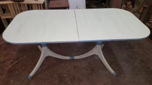 Mesa esquic costrosa