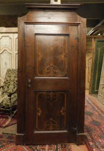 pti676 - porta con intarsi in noce, epoca '700, Piemonte, cm l 115 x h 231