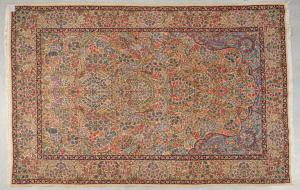Old manufacture KIRMAN RAVAR prayer carpet (n.1292)