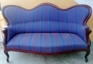 divano Luigi Filipo  in noce del 1800
