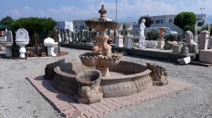 在pietra塞雷纳的喷泉